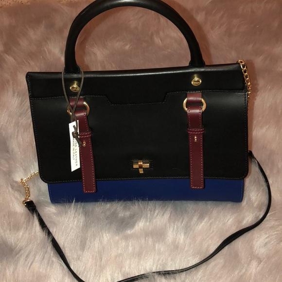 766f3a81dec1 la cucci Handbags - la cucci Sara Italian leather handbag NWOT